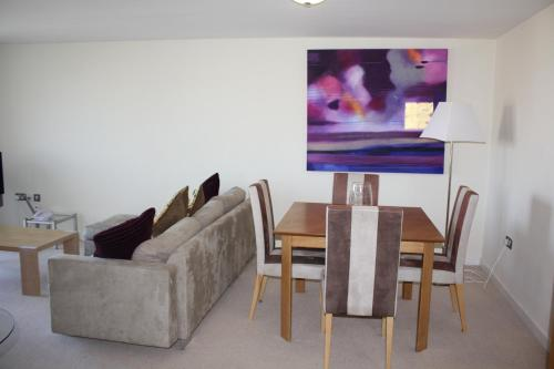 Town or Country - Neptune House Apartments,Southampton