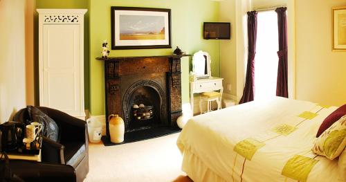 Avenue Guest House, The,Cardiff