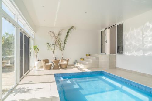 Currawong Close - Pool & Alfresco - Rejuvenate Stays