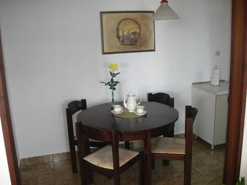 Apartments Bareta 1963
