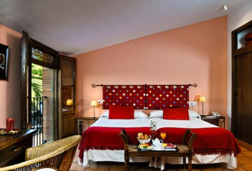 Double or Twin Room Hotel La Garapa 4