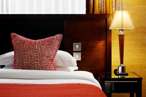 The Mandeville Hotel - image 9