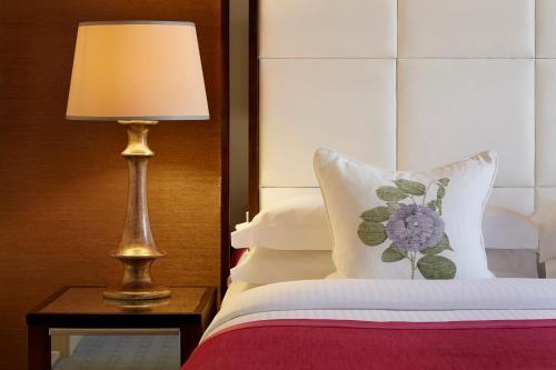 The Mandeville Hotel - image 10