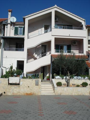 Apartment Tisno