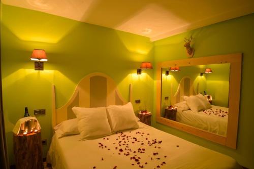 Suite El bosque  Hotel Rural La Viña - Only Adults 4