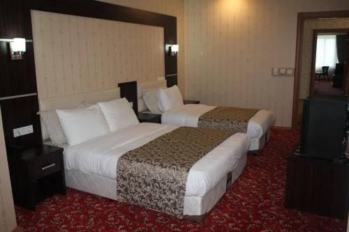 Deluxe Double Room with an extra bed