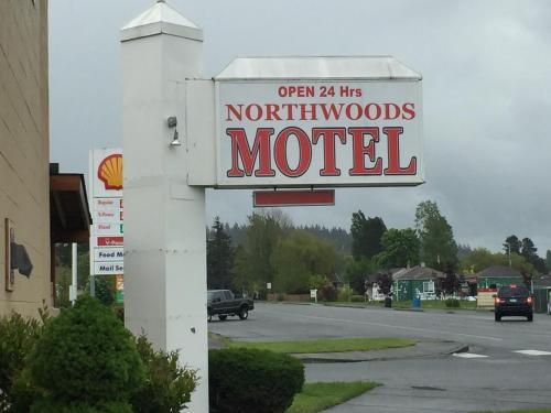 Northwoods Motel Image