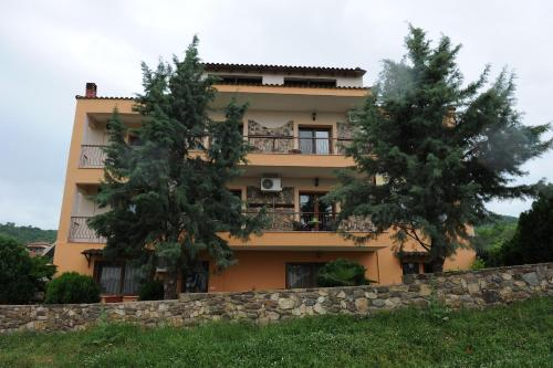 Guesthouse Kerkinitis