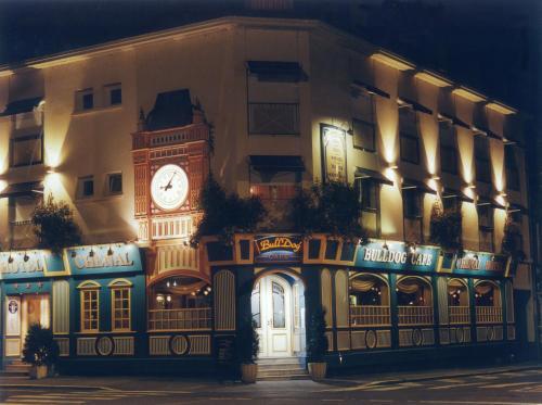 Chenal Hotel