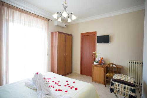 Double Room with Balcony and Vesuvius View