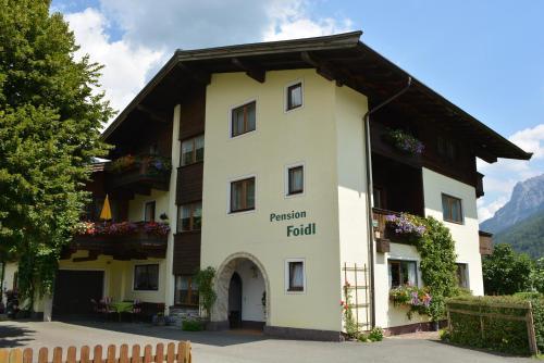 Pension Foidl - Apartment mit Blick auf die Berge