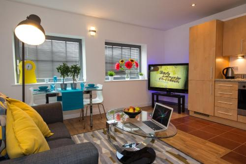 HotelShort Stay Notts: Serviced Apartments