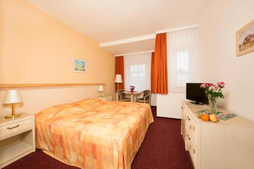 Garni Eden Hotels photo 26