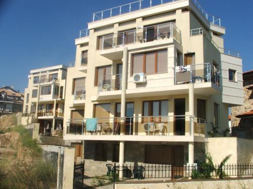 Akshaena Aparthotel