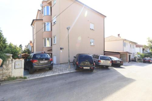 Apartments Lara