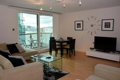 Hotel River Thames View Apartment thumb-4