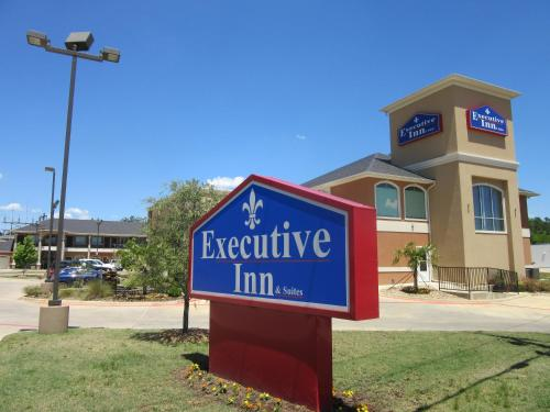 HotelExecutive Inn and Suites Tyler