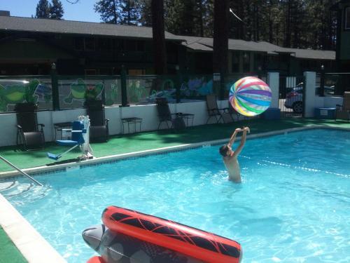 Big Pines Mountain House of Tahoe