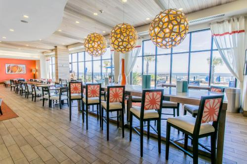 hampton inn suites orange beach orange beach alabama. Black Bedroom Furniture Sets. Home Design Ideas