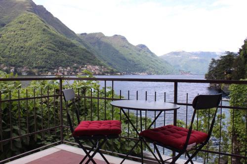Lake Como Beach Resort Villas