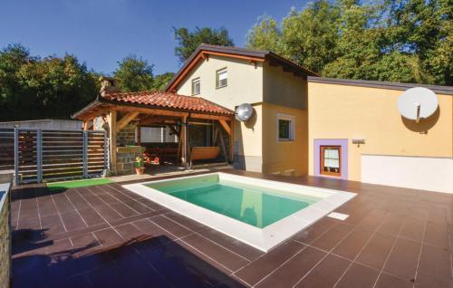 Отель Holiday Home San 0 звёзд Словения
