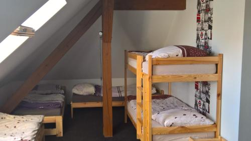 Bed in Slaapzaal met 8 Bedden (Bed in 8-Bed Dormitory Room)