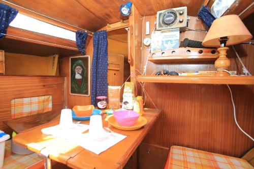 Bed on Boat