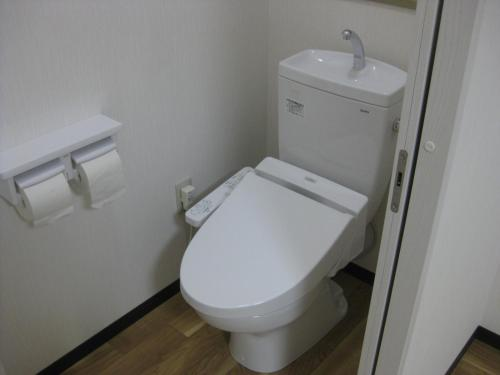 Japanese-Style Quadruple Room with Private Toilet - Non-Smoking - New Building