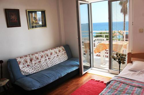 1 Schlafzimmer Apartment mit Balkon and Meerblick (One-Bedroom Apartment with Balcony and Sea View)