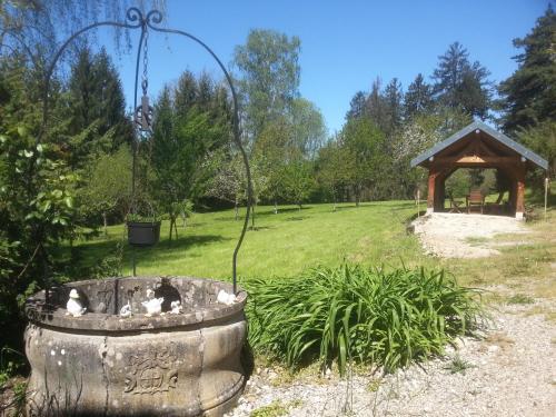 Gîte du château de Feschaux, Jura
