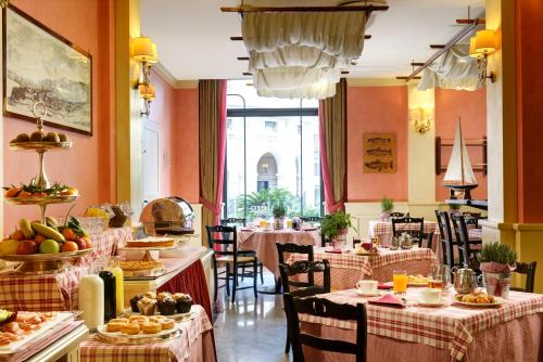 Grand Hotel Savoia - 17 of 73