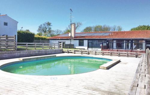 Apartment Allinge with Outdoor Swimming Pool 160