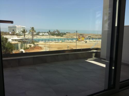 Christopher's Sandy Beach Suites