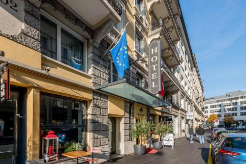 Hotel Hotel Alpina Luzern Luzern Switzerland Online Reservation - Alpina hotel switzerland