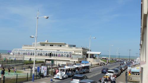 Esplanade Front De Mer