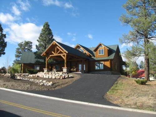 More about Sunset Lodge