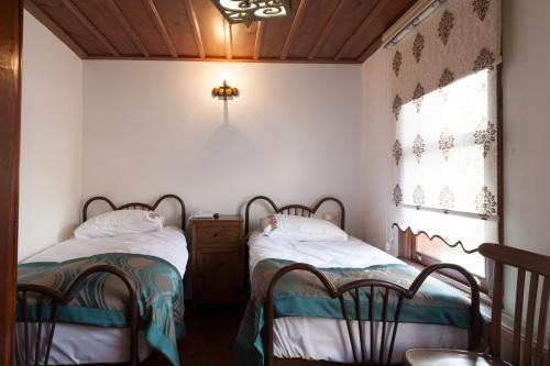Standard Double Room with Two Beds