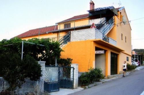 Apartment Vesna A2