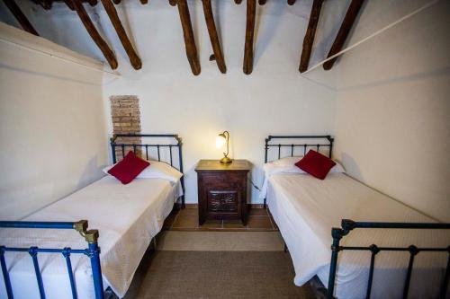 Habitación Familiar Dúplex (2 adultos + 2 niños) Hotel Cortijo del Marqués 1