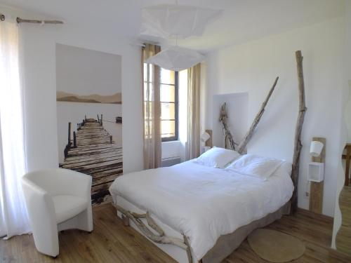 Отель La maison de la tour 3 звезды Франция
