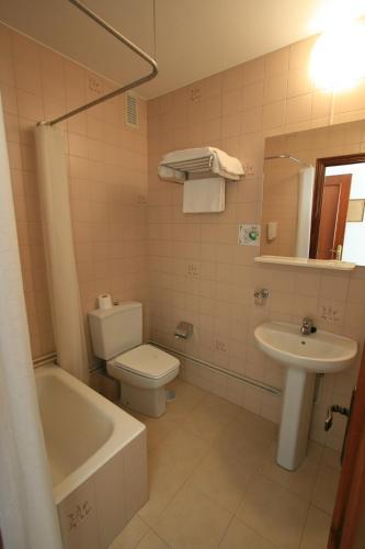 Hotel Residencia Rey Fernando 105