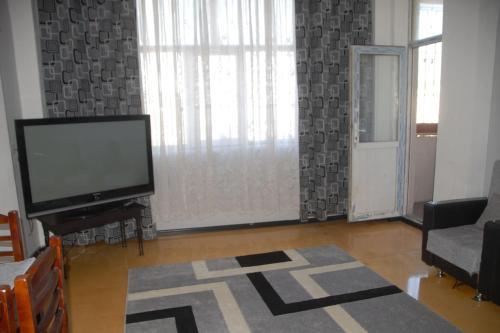 Апартаменты На Рустама Рустамова 72А