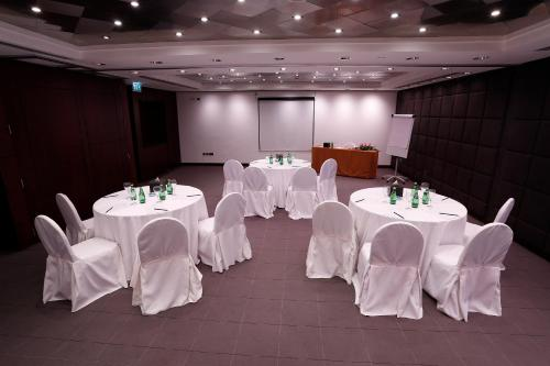 Best Western Premier Deira Hotel photo 14