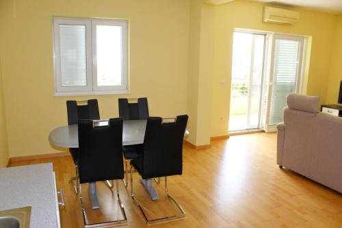 Apartments Kajzer