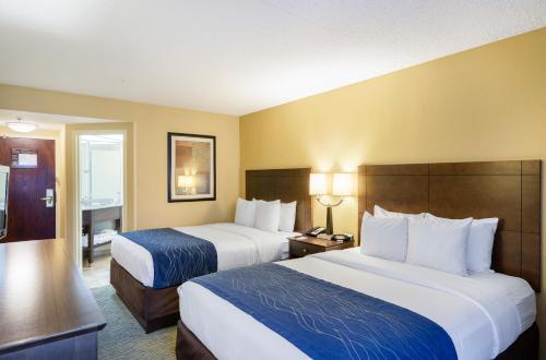 ➦  Choice Hotels    (Delaware) customer rating
