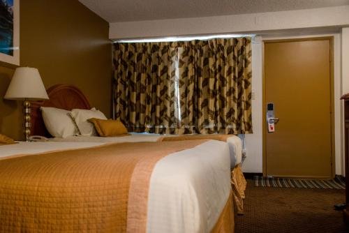 Picture of Imperial Inn Medicine Hat
