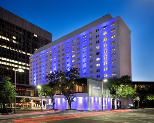 The Whitehall Downtown Houston