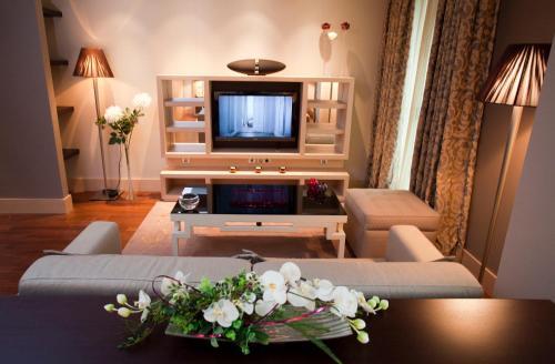 Deluxe Suite Nexus Valladolid Suites & Hotel 5
