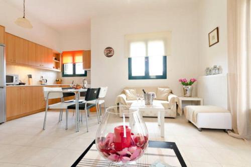 Bright Sea View Apartment
