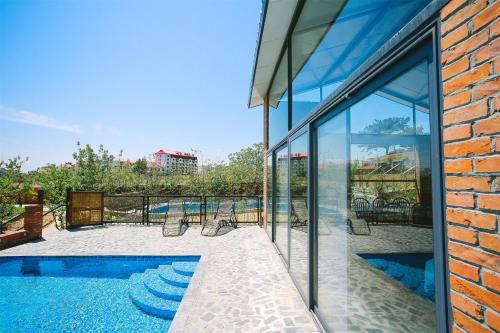 Mainland Chinese Citizens-Three-Bedroom Villa